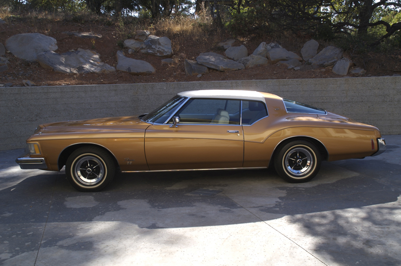 1973 BUICK RIVIERA GS 2 DOOR HARDTOP - Side Profile - 43245