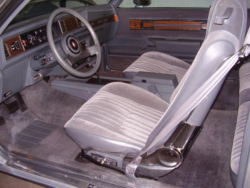 1987 OLDSMOBILE CUTLASS 2 DOOR COUPE - Interior - 43262