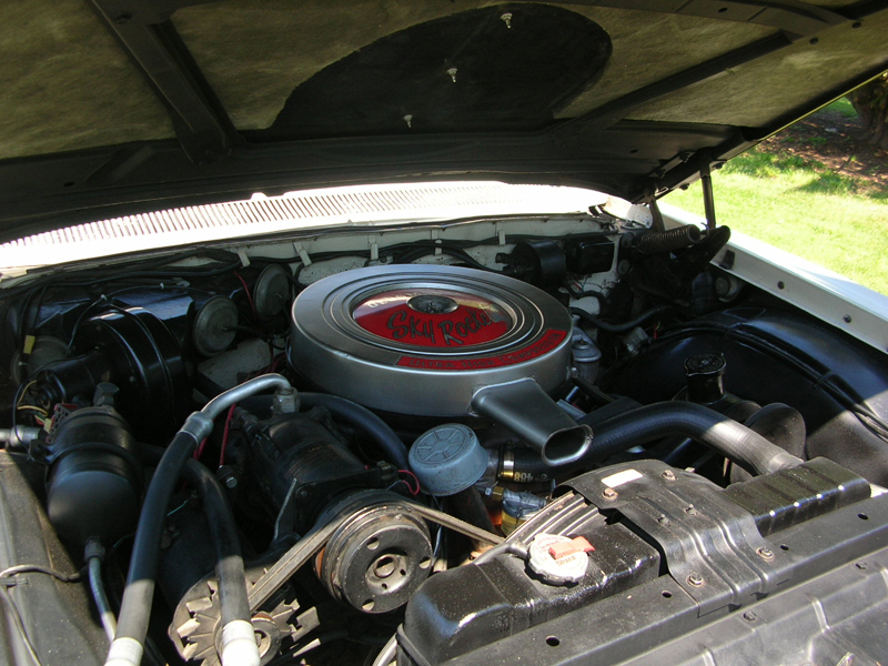 1962 OLDSMOBILE HOLIDAY 98 4 DOOR HARDTOP - Engine - 43283