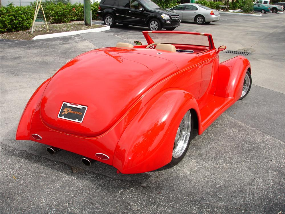 1937 FORD ROADSTER STREET ROD RE-CREATION - Rear 3/4 - 43313