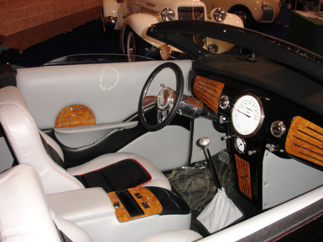 1939 LINCOLN ZEPHYR RE-CREATION CONVERTIBLE - Interior - 43316