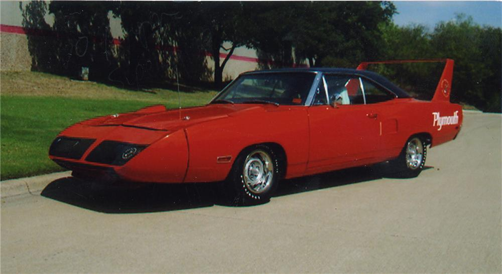 1970 PLYMOUTH HEMI SUPERBIRD 2 DOOR HARDTOP - Front 3/4 - 43326