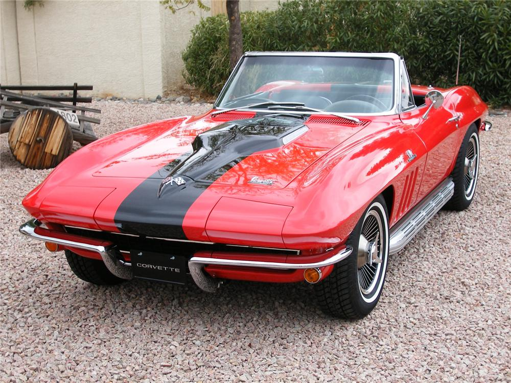1966 CHEVROLET CORVETTE CONVERTIBLE - Front 3/4 - 43335