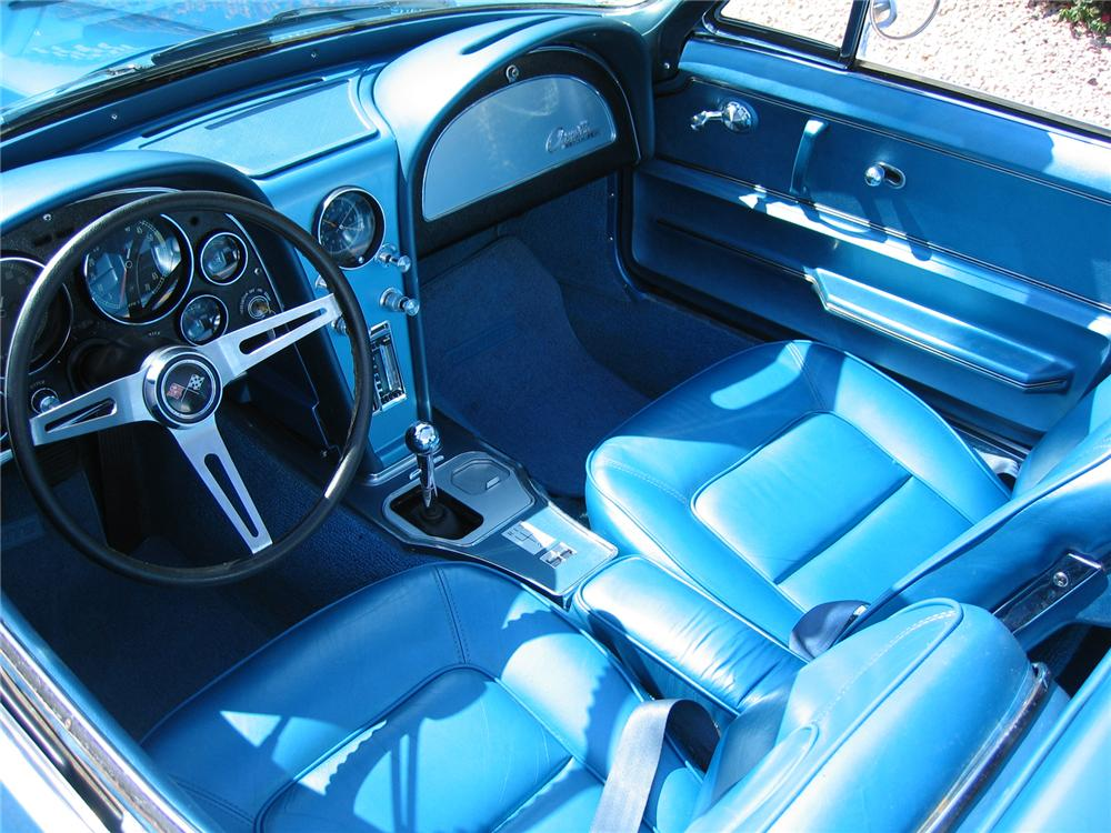 1965 CHEVROLET CORVETTE 327 CONVERTIBLE - Interior - 43345