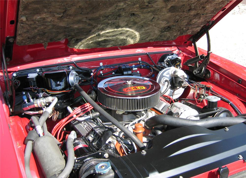 1966 OLDSMOBILE 442 CONVERTIBLE - Engine - 43348