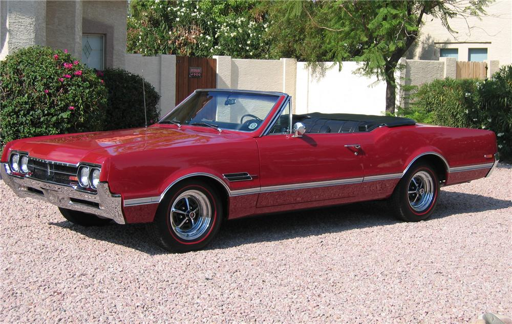 1966 OLDSMOBILE 442 CONVERTIBLE - Front 3/4 - 43348