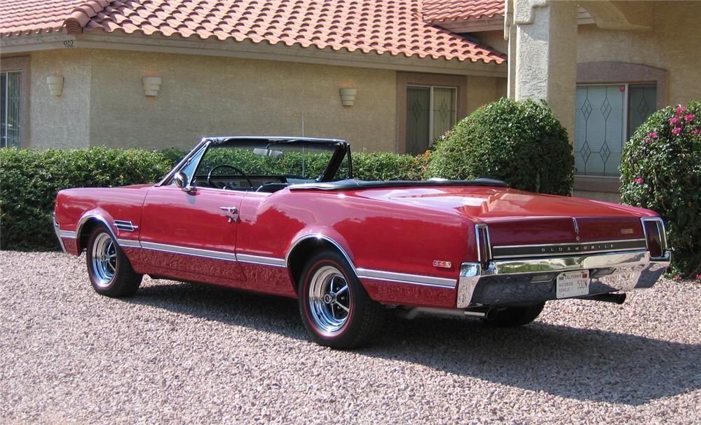 1966 OLDSMOBILE 442 CONVERTIBLE - Rear 3/4 - 43348