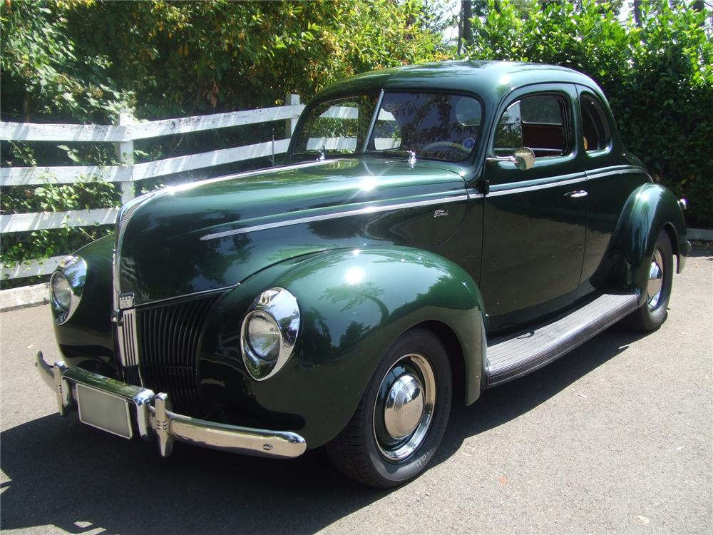 1940 FORD STANDARD COUPE - Front 3/4 - 43363