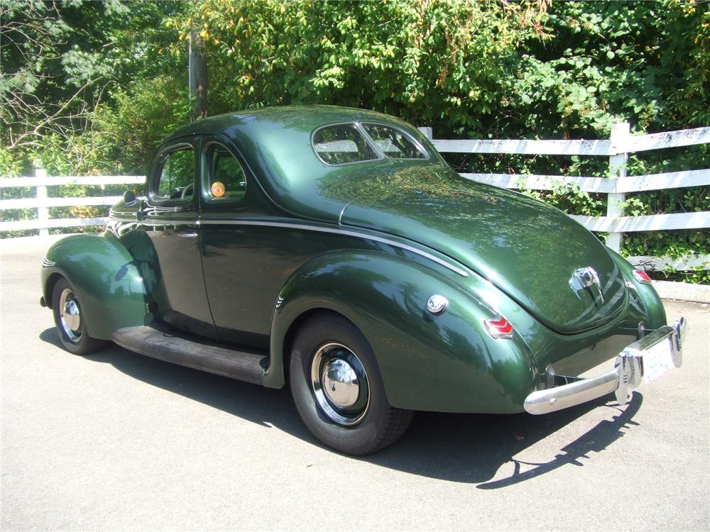 1940 Ford Standard Coupe 43363