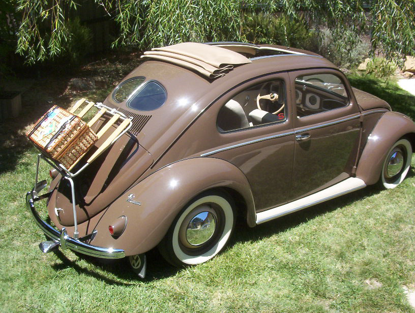 1951 VOLKSWAGEN SPLIT WINDOW 2 DOOR SEDAN - Rear 3/4 - 43367