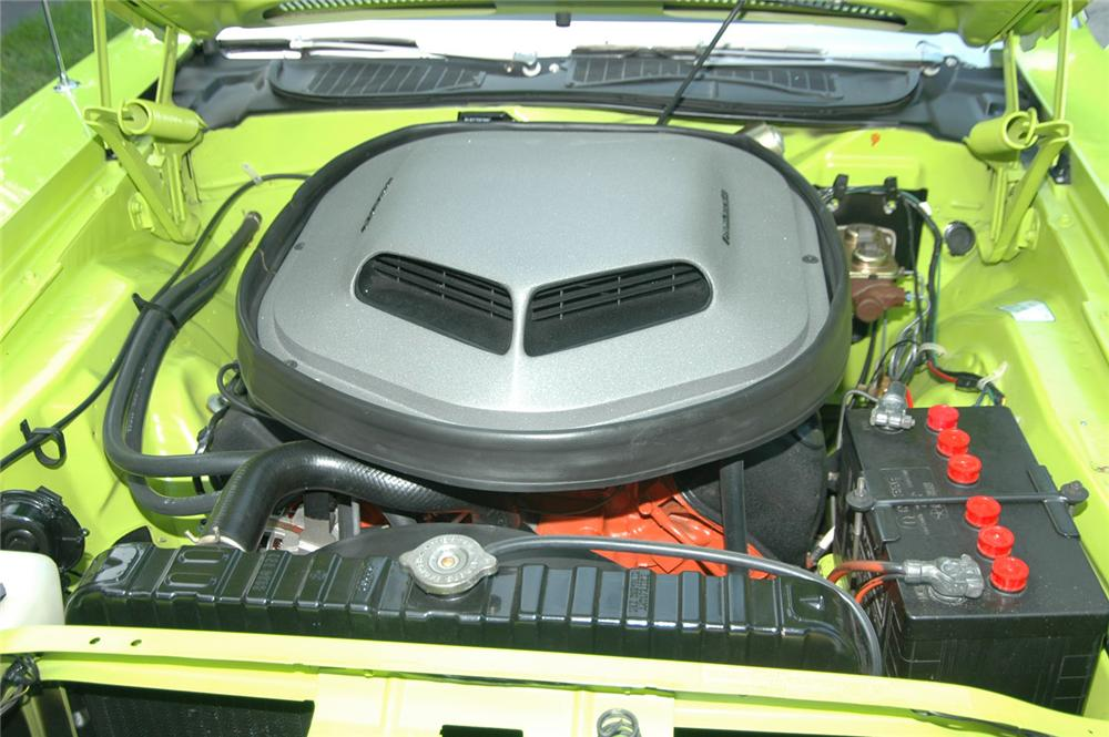 1970 PLYMOUTH HEMI CUDA 2 DOOR HARDTOP - Engine - 43377