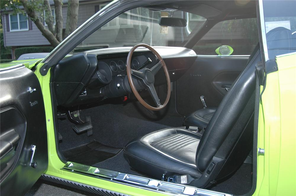 1970 PLYMOUTH HEMI CUDA 2 DOOR HARDTOP - Interior - 43377