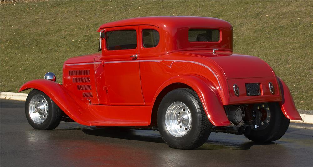 1931 FORD 5 WINDOW CUSTOM COUPE - Rear 3/4 - 43382