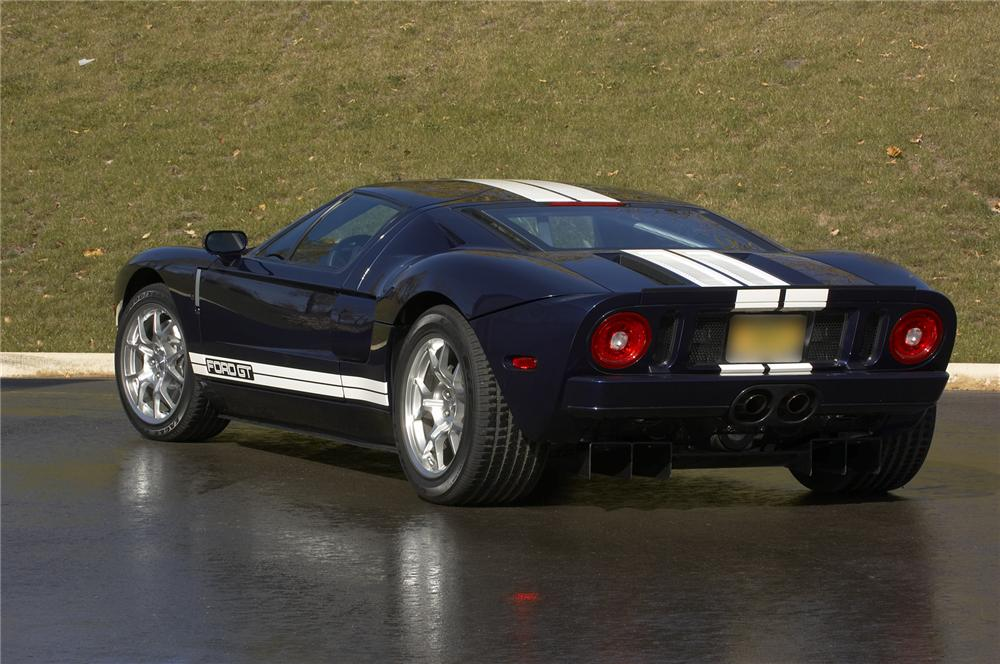 2005 FORD GT COUPE - Rear 3/4 - 43383