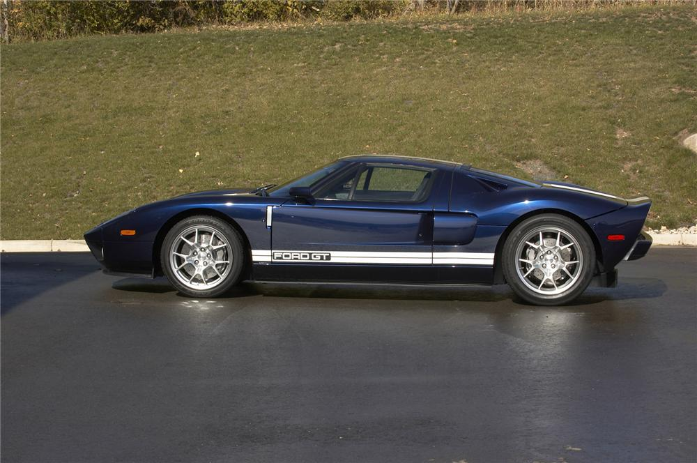 2005 FORD GT COUPE - Side Profile - 43383