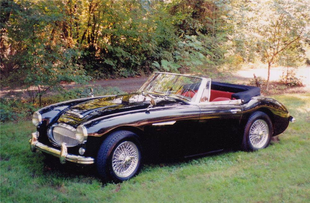 1965 AUSTIN-HEALEY 3000 MARK III BJ8 CONVERTIBLE - Front 3/4 - 43426