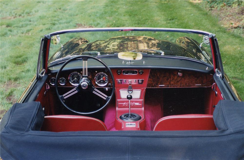 1965 AUSTIN-HEALEY 3000 MARK III BJ8 CONVERTIBLE - Interior - 43426