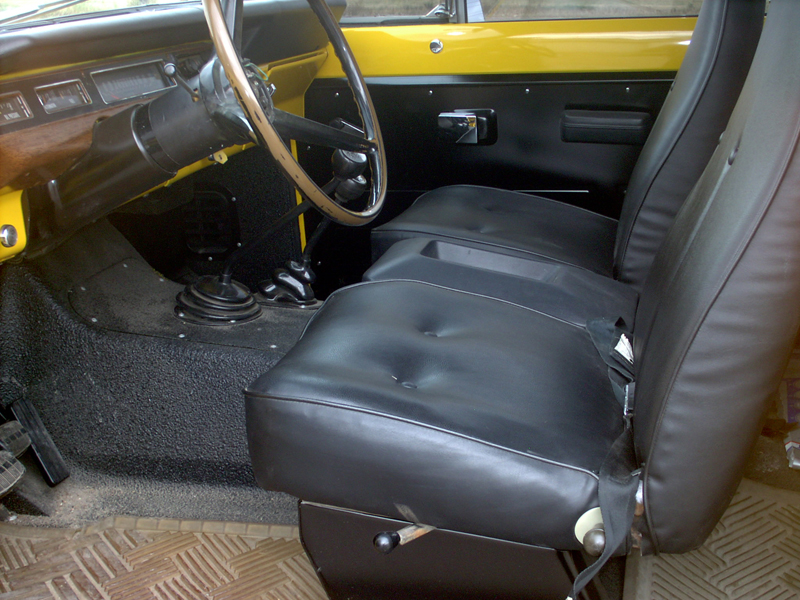 1974 INTERNATIONAL SCOUT II UTILITY - Interior - 43441