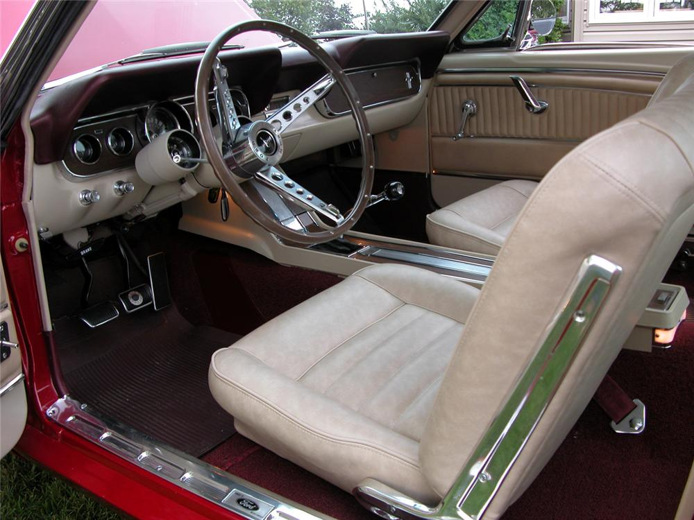 1966 FORD MUSTANG GT FASTBACK - Interior - 43459