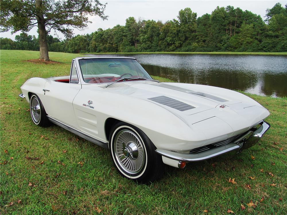 1963 CHEVROLET CORVETTE CONVERTIBLE - Front 3/4 - 43471