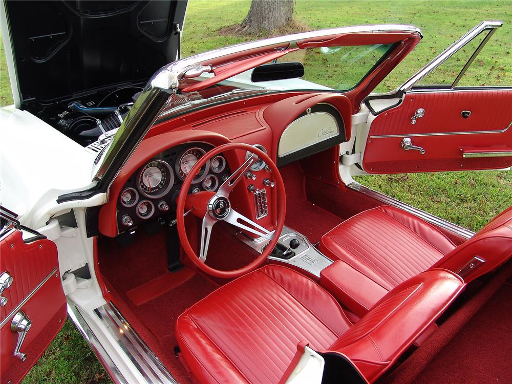 1963 CHEVROLET CORVETTE CONVERTIBLE - Interior - 43471