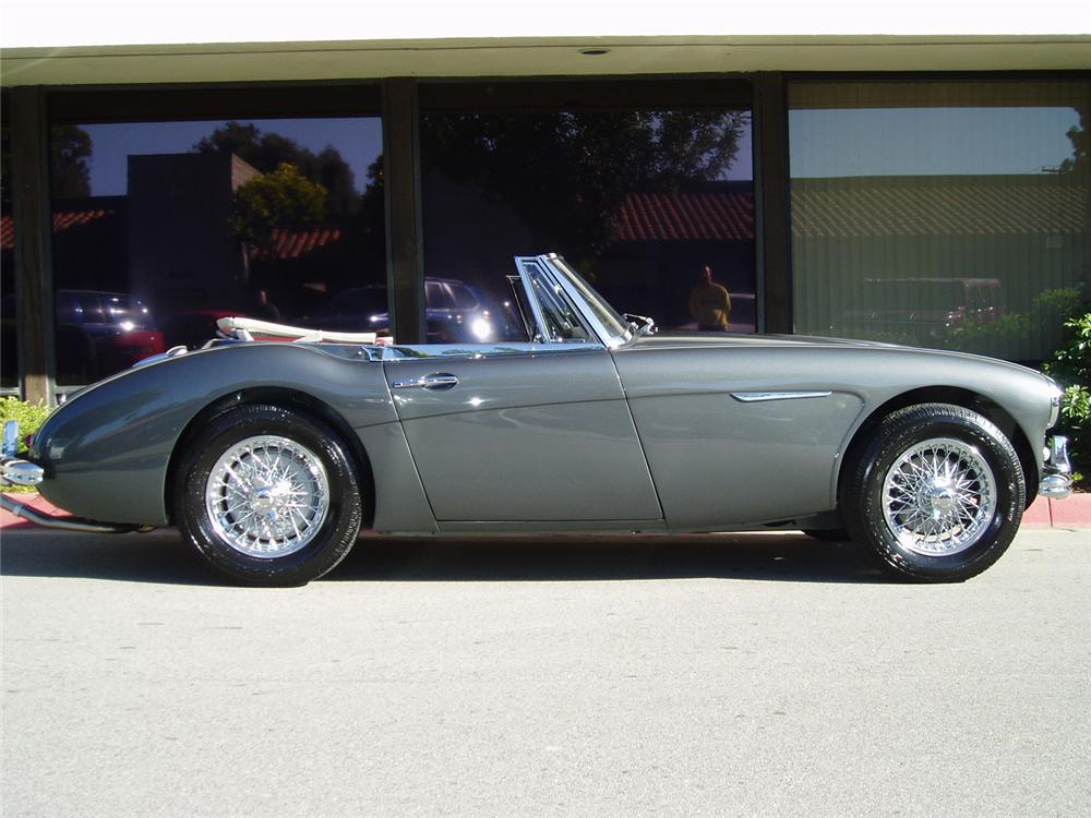 1964 AUSTIN-HEALEY 3000 MARK III BJ8 CONVERTIBLE - Side Profile - 43482