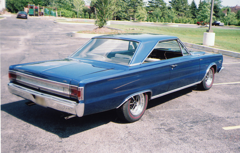 1967 PLYMOUTH GTX 2 DOOR HARDTOP - Rear 3/4 - 43484