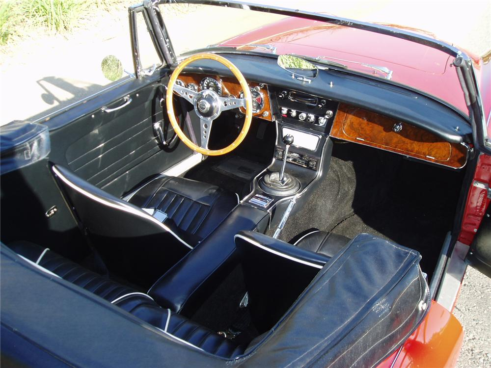 1964 AUSTIN-HEALEY 3000 MARK III BJ8 CONVERTIBLE - Interior - 43489