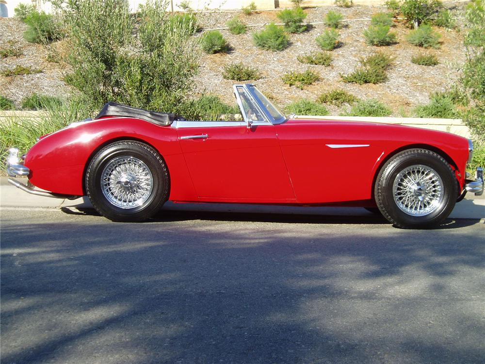 1964 AUSTIN-HEALEY 3000 MARK III BJ8 CONVERTIBLE - Side Profile - 43489