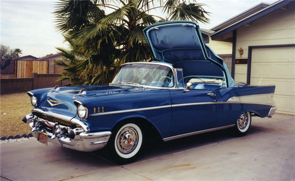 1957 CHEVROLET BEL AIR CONVERTIBLE - Front 3/4 - 43502