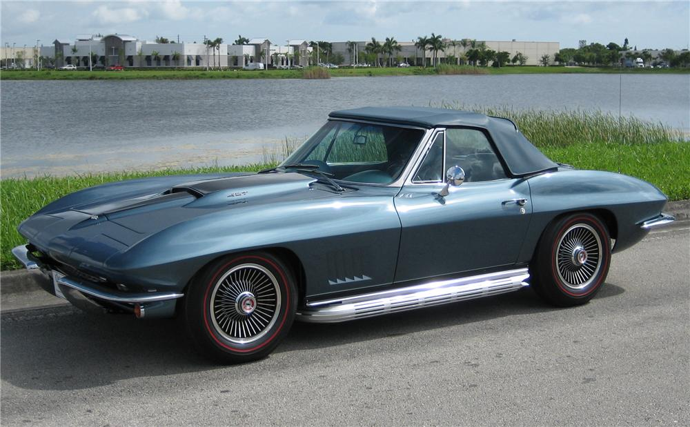 1967 CHEVROLET CORVETTE 427/400 CONVERTIBLE - Front 3/4 - 43513