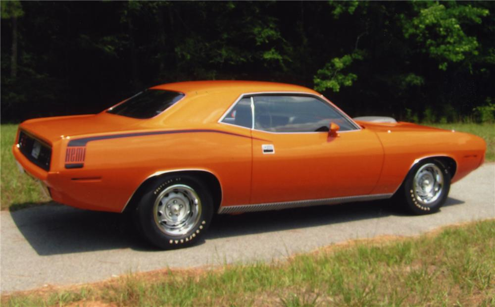 1970 PLYMOUTH HEMI CUDA 2 DOOR HARDTOP - Rear 3/4 - 43558