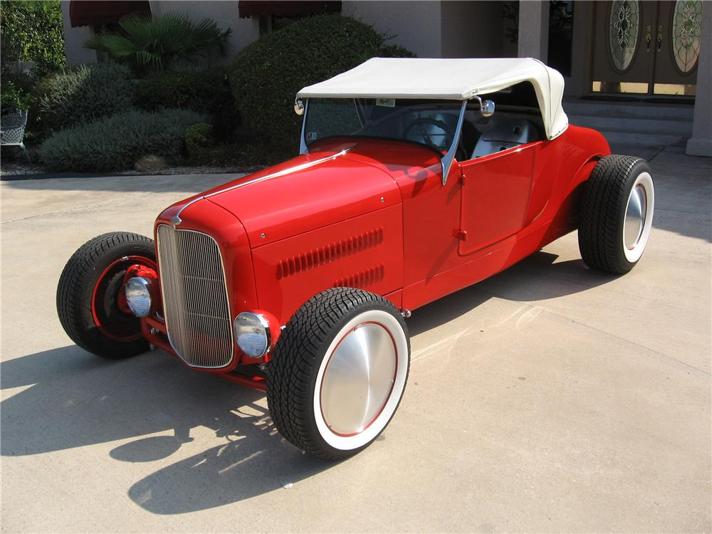 1927 FORD ROADSTER CUSTOM COUPE - Front 3/4 - 43562