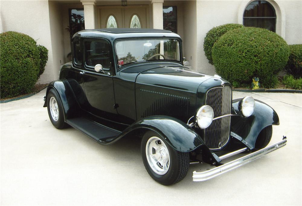 1932 FORD 5 WINDOW CUSTOM COUPE - Front 3/4 - 43564