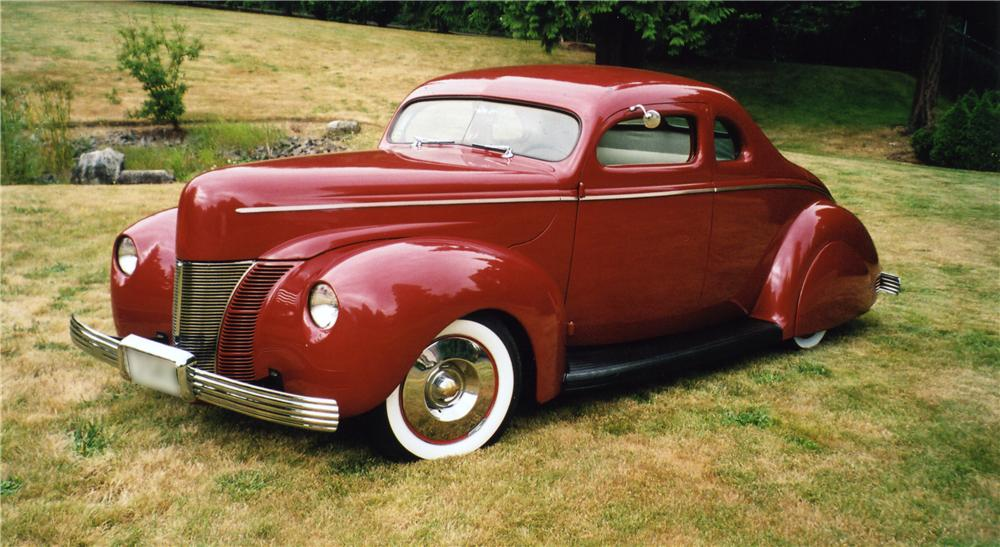 1940 FORD DELUXE CUSTOM COUPE - Front 3/4 - 43574