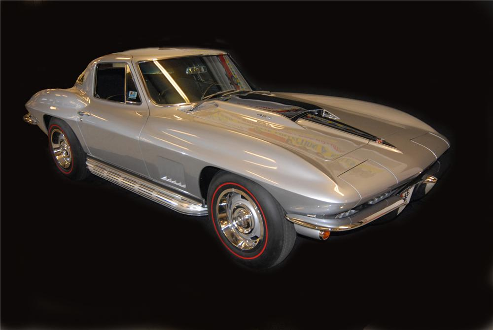 "1967 CHEVROLET CORVETTE COUPE AKA: ""THE LAST STING RAY"" - Front 3/4 - 43577"