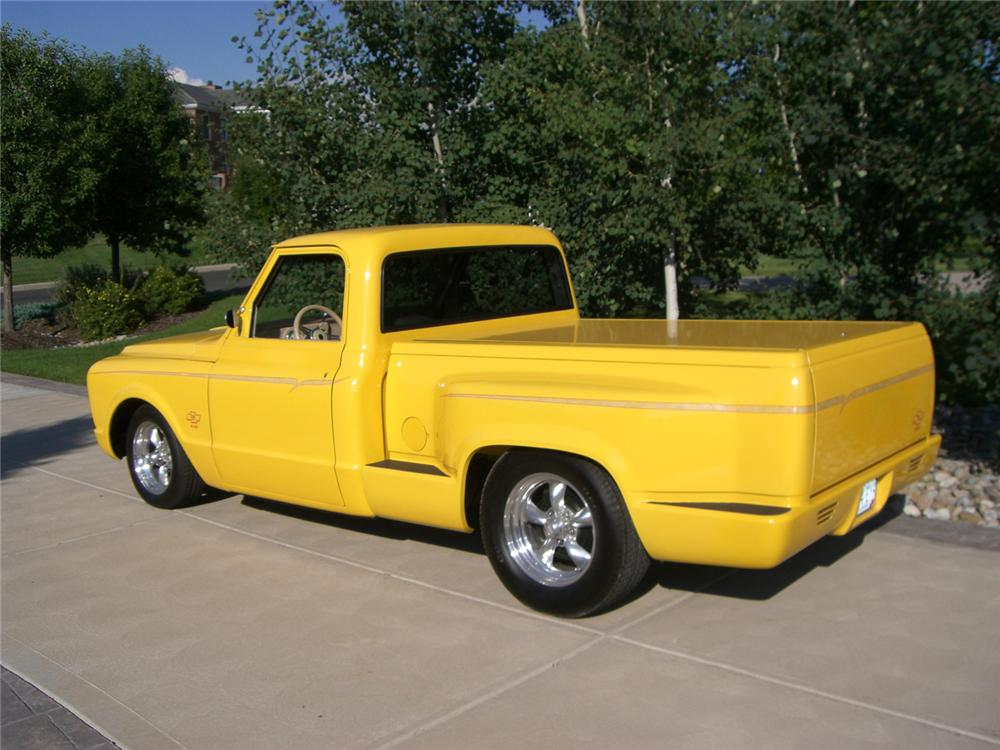 1968 CHEVROLET CUSTOM PICKUP - Rear 3/4 - 43585