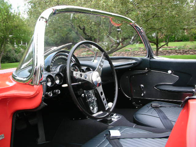 1958 CHEVROLET CORVETTE CONVERTIBLE - Interior - 43591