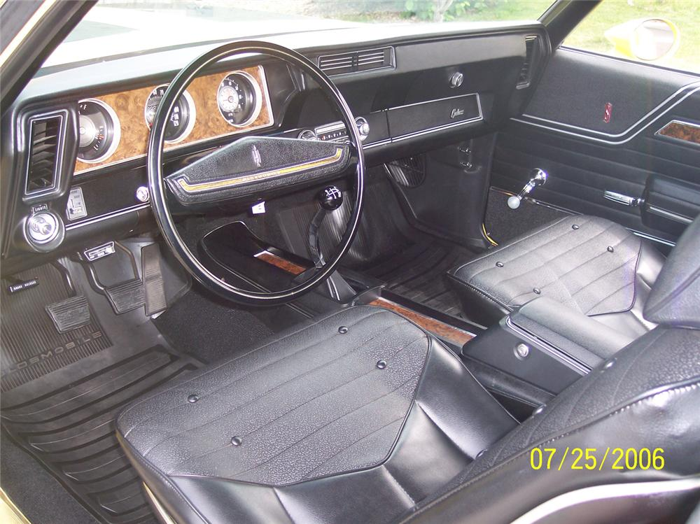 1970 OLDSMOBILE CUTLASS W31 HOLIDAY COUPE - Interior - 43606