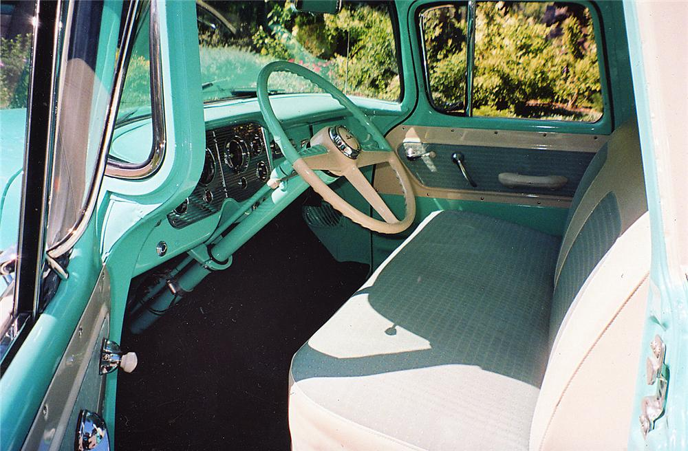 1956 GMC SUBURBAN PICKUP - Interior - 43610