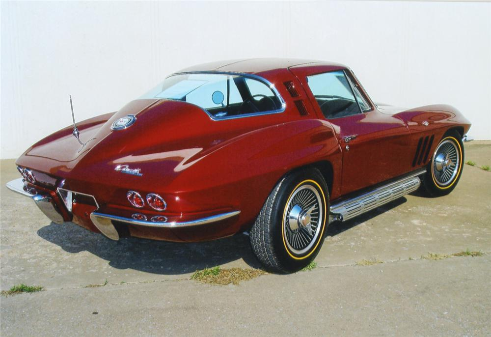 1965 CHEVROLET CORVETTE 327 COUPE - Rear 3/4 - 43629