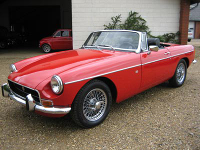 1966 MG B ROADSTER - Front 3/4 - 43688