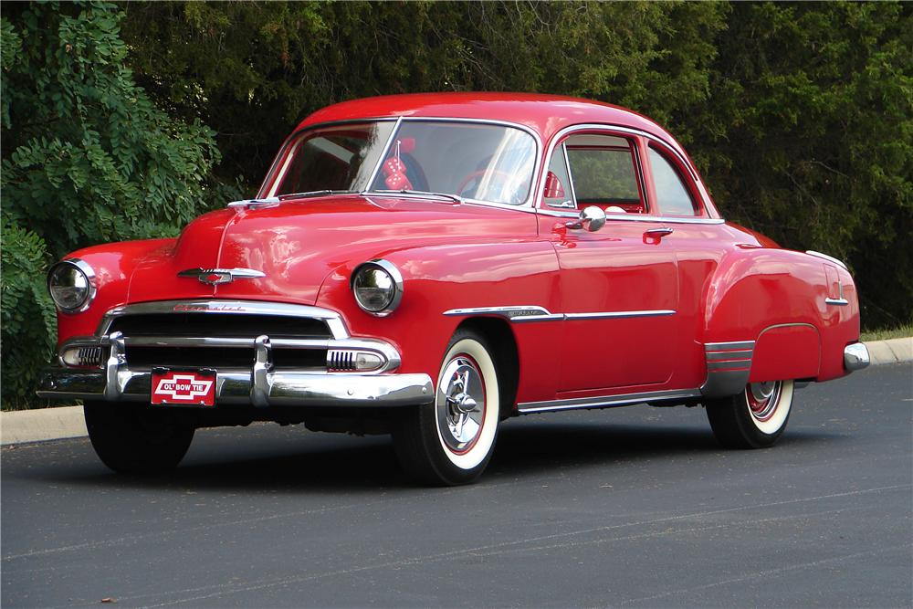 1951 CHEVROLET DELUXE SPORTS COUPE - Front 3/4 - 43701