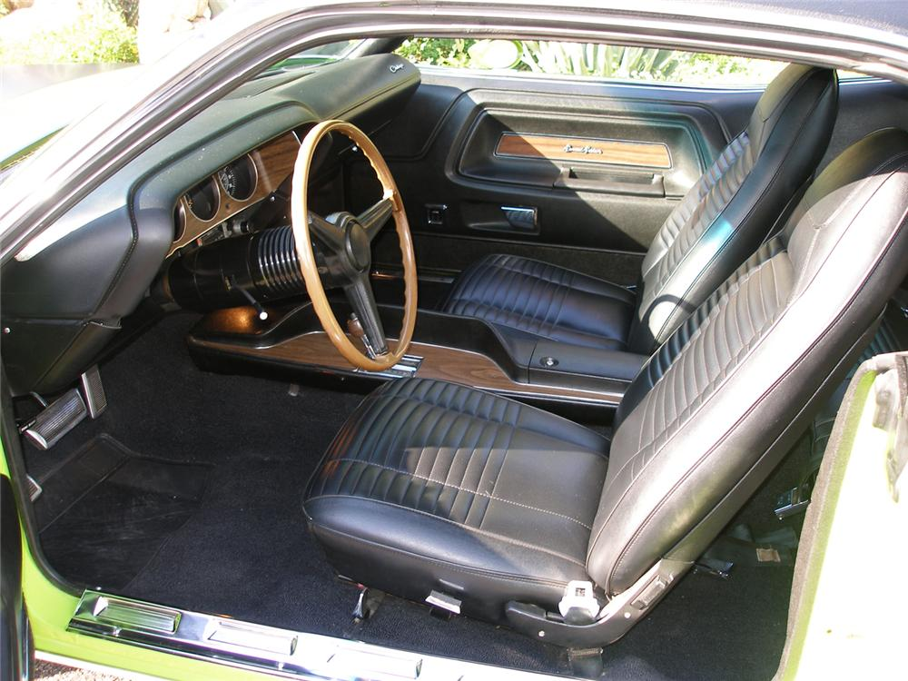 1970 DODGE CHALLENGER R/T HEMI RE-CREATION HARDTOP - Interior - 43719