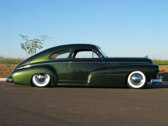 1948 BUICK SPECIAL CUSTOM 2 DOOR SEDANETTE - Side Profile - 43738