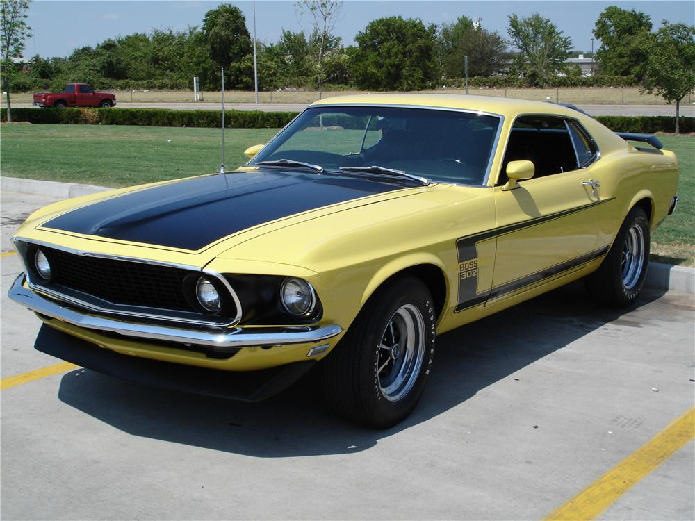 1969 FORD MUSTANG BOSS 302 FASTBACK - Front 3/4 - 43740