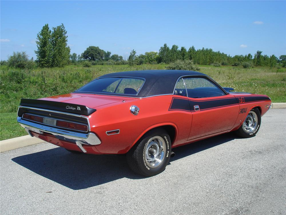 1970 DODGE CHALLENGER T/A 2 DOOR HARDTOP - Rear 3/4 - 43769