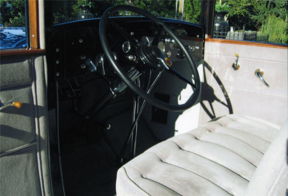 1929 CADILLAC 4 DOOR SEDAN - Interior - 43771