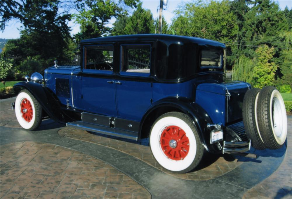 1929 CADILLAC 4 DOOR SEDAN - Rear 3/4 - 43771
