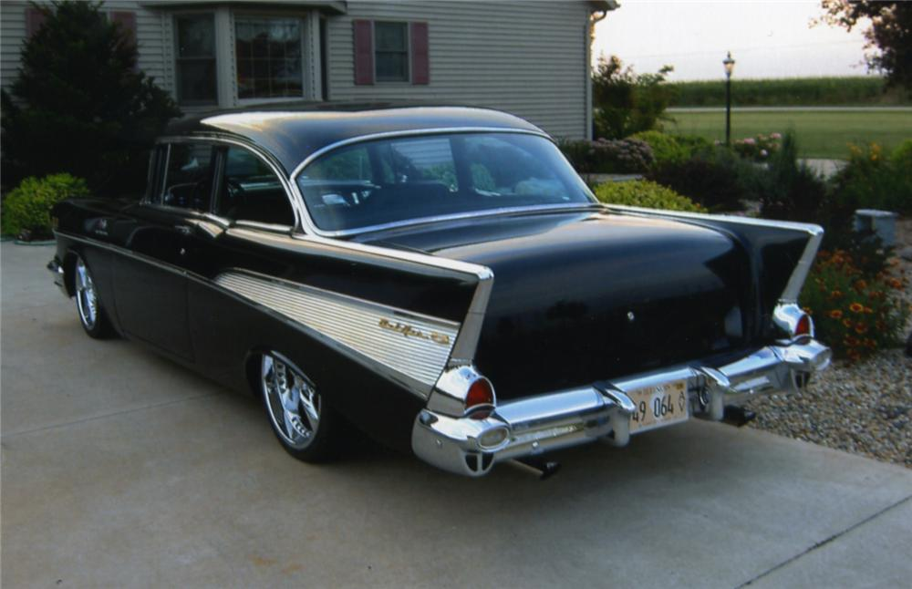1957 CHEVROLET 210 CUSTOM 2 DOOR HARDTOP - Rear 3/4 - 43786